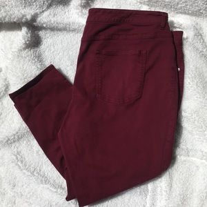Maurices Cropped Jean in Maroon